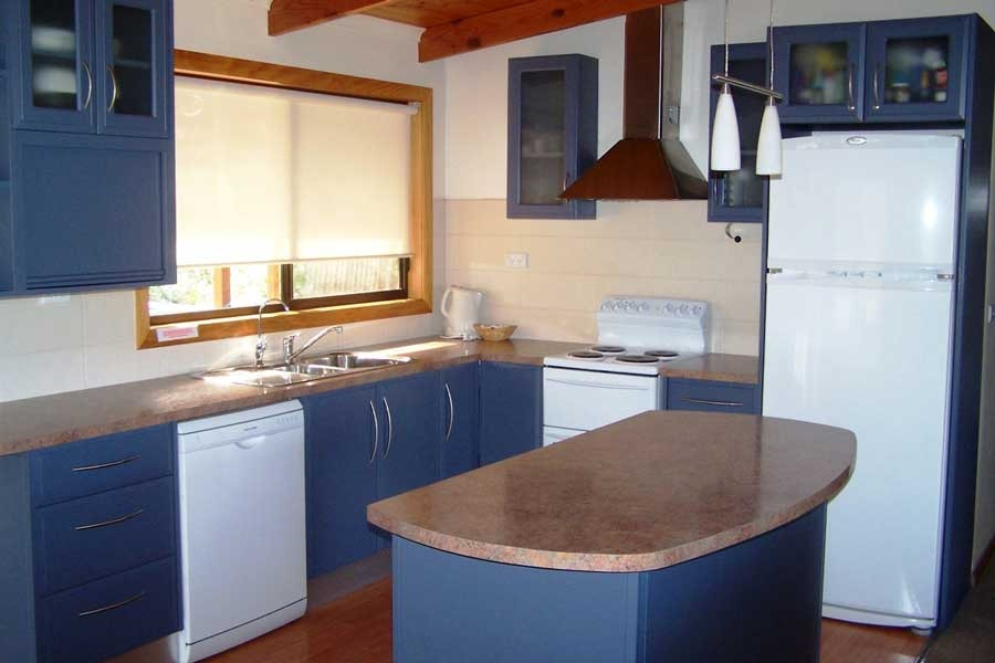 Freycinet holiday accommodation kitchen