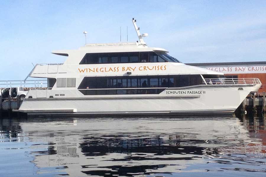 Wineglass bay cruises boat