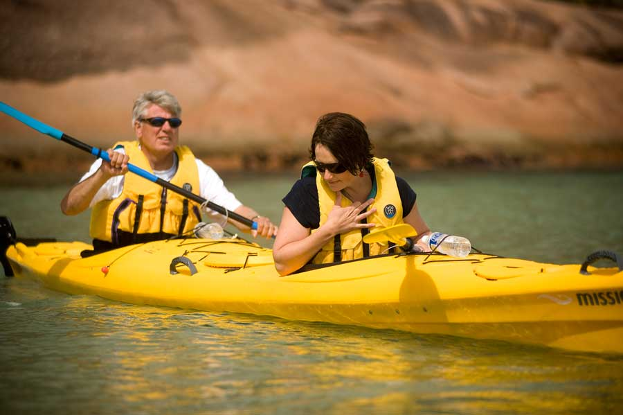 Freycinet Paddle in the waters of oyster bay