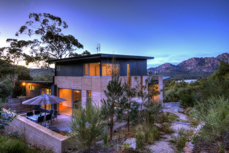 The Loft Coles Bay Accommodation