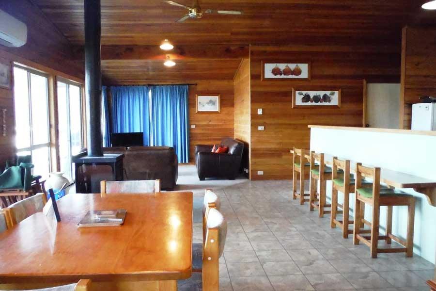 Freycinet on the bay Living Area