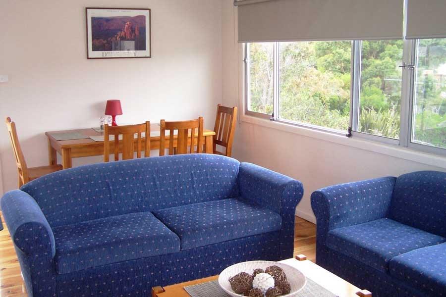 The pebble shack accommodation freycinet
