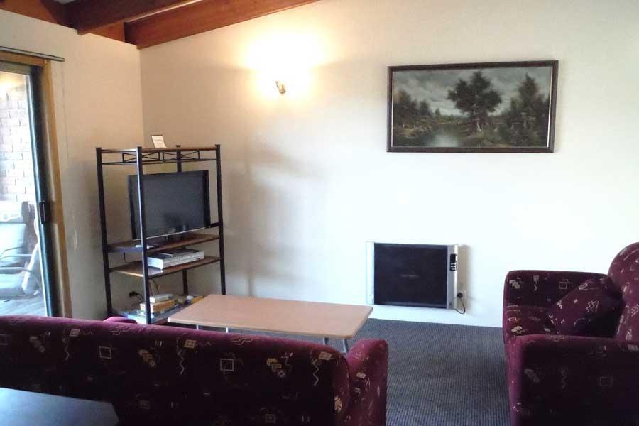 Unit 2 Lounge accommodation