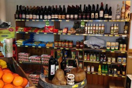 Coles bay convenience fresh Tasmanian produce