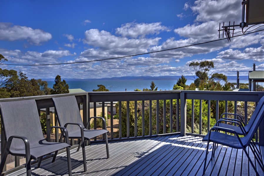 the lookout, coles bay, holiday accommodation