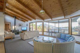 Dove, Freycinet Holiday Houses, Coles Bay, Tasmania